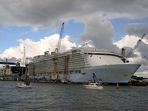 MS Oasis of the Seas under construction at STX...