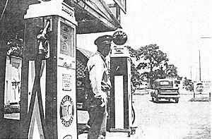 H.O. Brumley's Sinclair Gas Station on Hwy 18,...