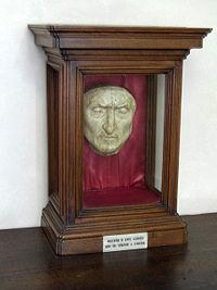 La máscara de la Muerte de Dante Alighieri