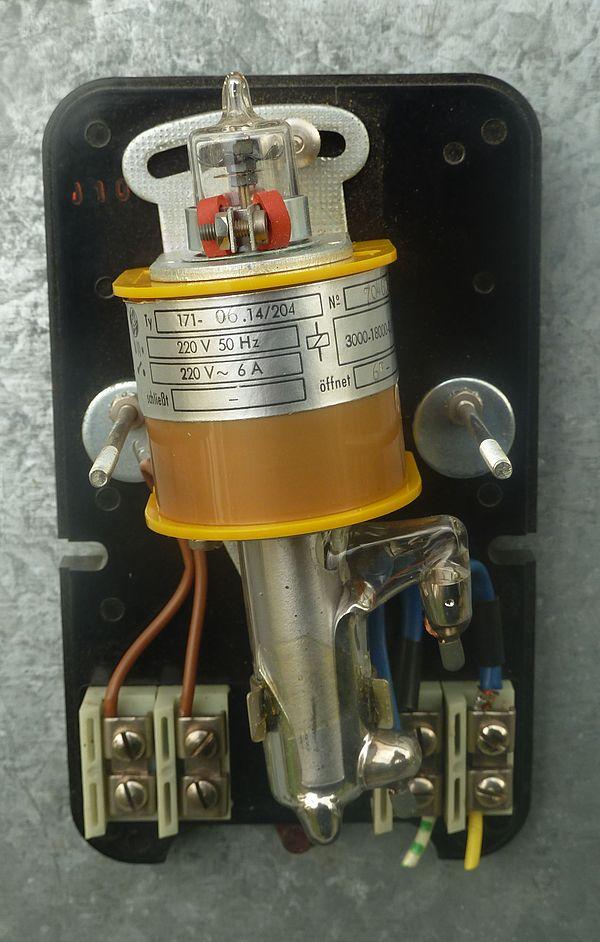 Relay Circuit Wikipedia