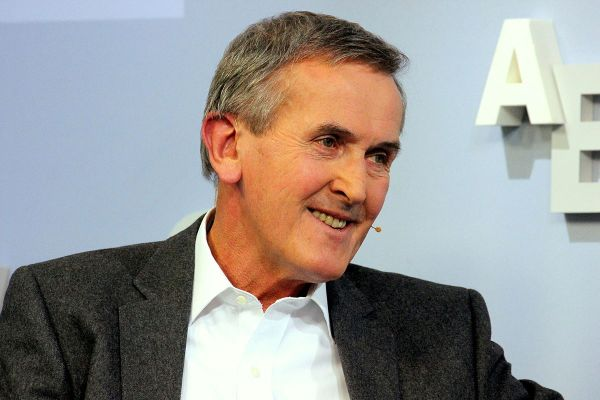 Neil Macgregor - Wikipedia