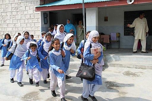 Schoolgirls in Shalwar Kameez, Abbotabad Pakistan - UK International Development