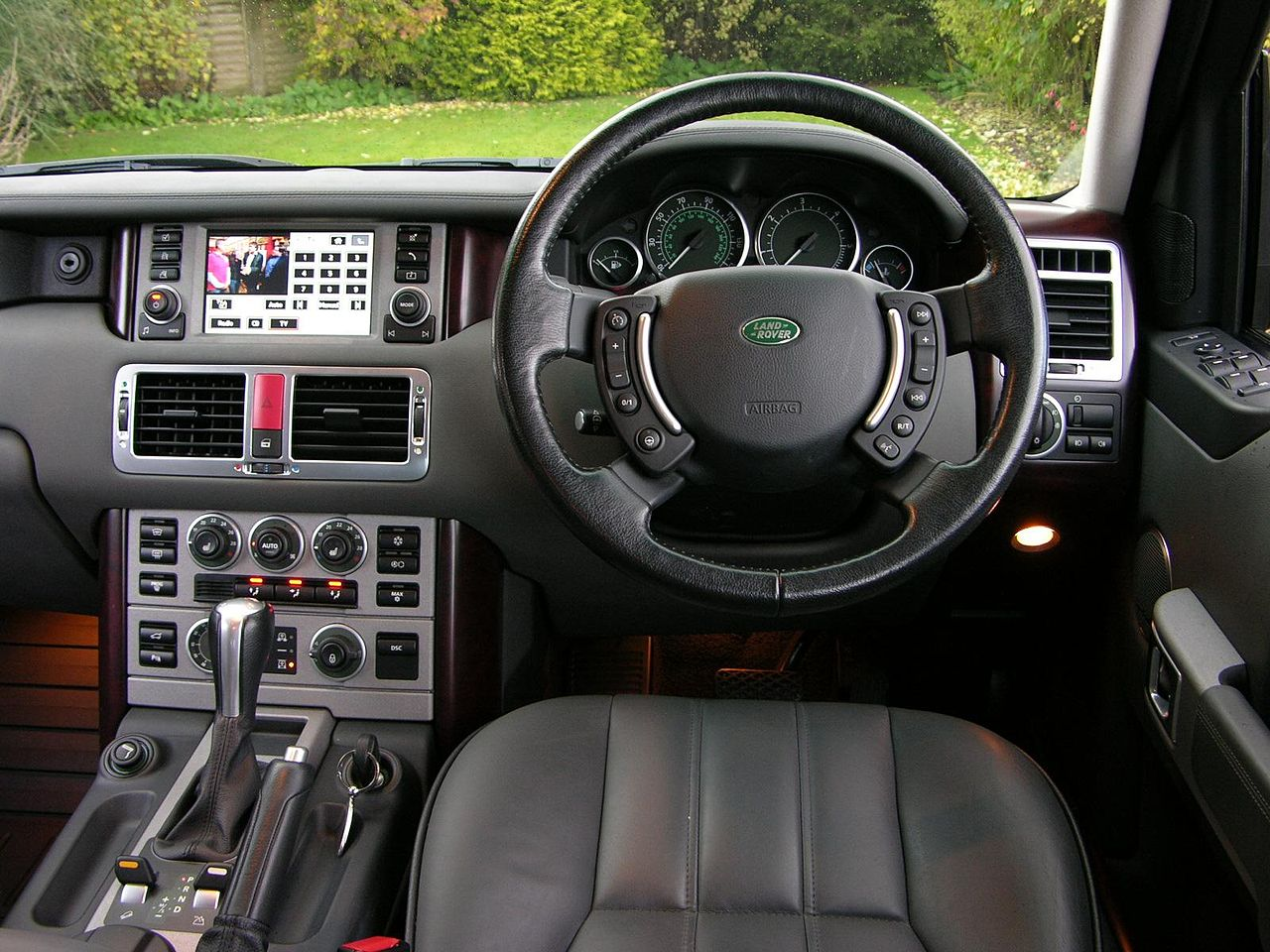 hight resolution of file 2006 range rover td6 vogue flickr the car spy 12 jpg rh commons wikimedia org