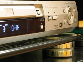 English: CD, DVD and SACD player.