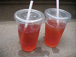 Image of White Zinfandel in plastic cups.