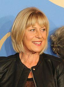 Mona Seefried – Wikipedia