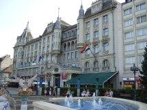 Grand Hotel Aranybika - Wikipedia
