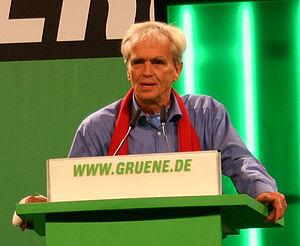 Hans-Christian Ströbele at a BDK rally