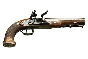English: French officer flintlock pistol, 1st ...