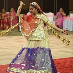Chair Dance Ritual Song Best Ergonomic Chairs 2017 Ghoomar Wikipedia Is A Traditional Folk Of Rajasthan It Was Bhil Tribe Who Performed To Worship Goddess Sarasvati Which Later Embraced By Other Rajasthani