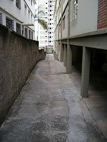 Garage residential  Wikipedia