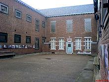 Staatliche Haftanstalten, hier beginnen oft die kriminellen Karrieren (Bildquelle: Wikipedia)