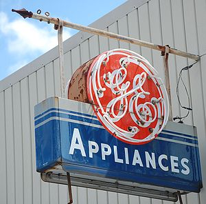 Classic General Electric neon sign, in Willaco...