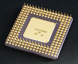Bộ vi x� lý Intel 80486DX2 trong PGA bằng đồ gốm