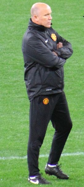 File:Mike Phelan, Manchester United 2012.jpg