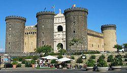 Castillo Nuevo en Nápoles