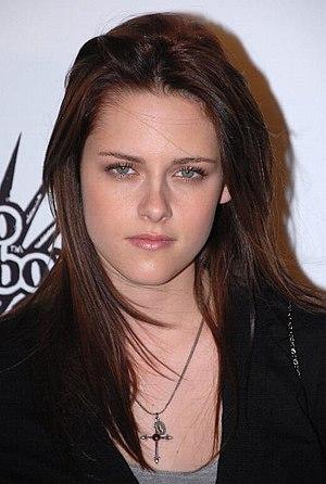 English: Kristen Stewart at Hollywood Life Mag...