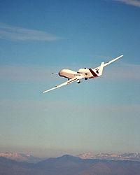 RQ-4全球鷹偵察機 - 維基百科。自由的百科全書