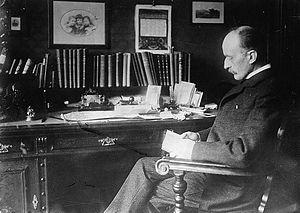 Français : Dr. Max Planck English: Dr. Max Planck