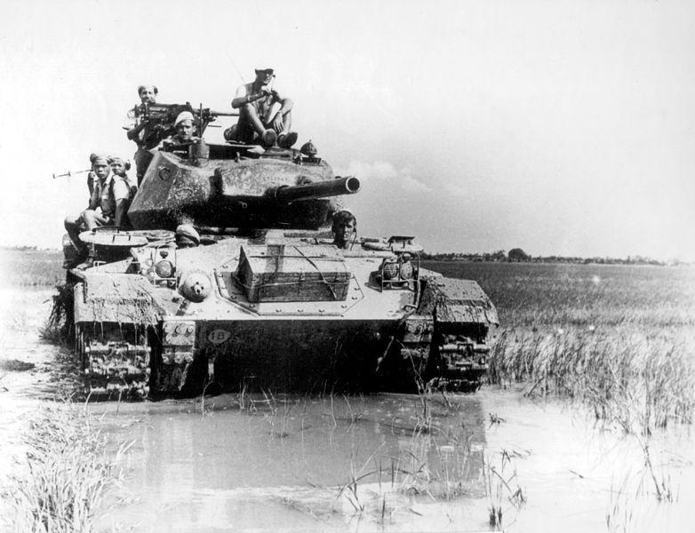 File:French M24 Chaffee Vietnam.jpg