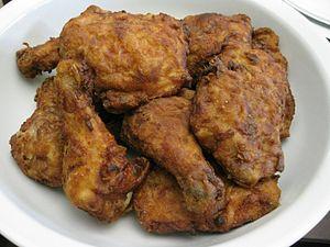 English: Fried chicken.
