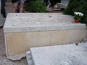 Marc Chagall's grave (top) in the cemetery of ...