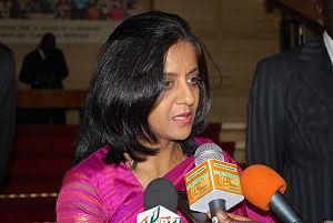Ambassador Shamma Jain addresses reporters in ...