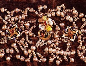 Costume jewelry of Constance of Austria.
