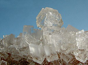 Halit crystals, also Salt crystals Français : ...