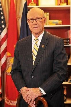 File:Pat Roberts official Senate photo.jpg