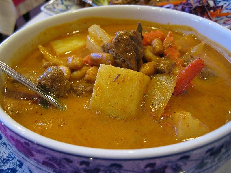 ไฟล์:Thai Village - Dinner.jpg