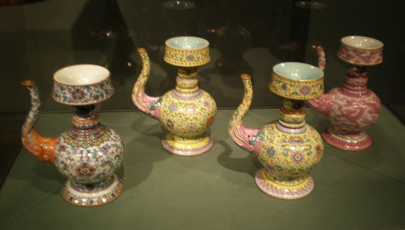 File:4 porcelain ritual water vessels Asian Art Museum SF.JPG