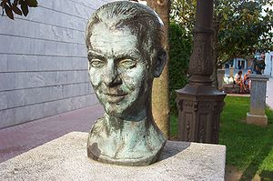 Busto de Federico García Lorca en Santoña, Can...