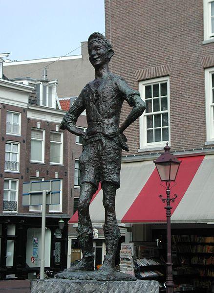File:Lieverdje Amsterdam.jpg