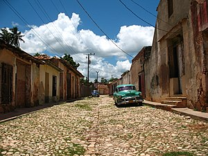 English: A street in Trinidad, Cuba. Trinidad ...