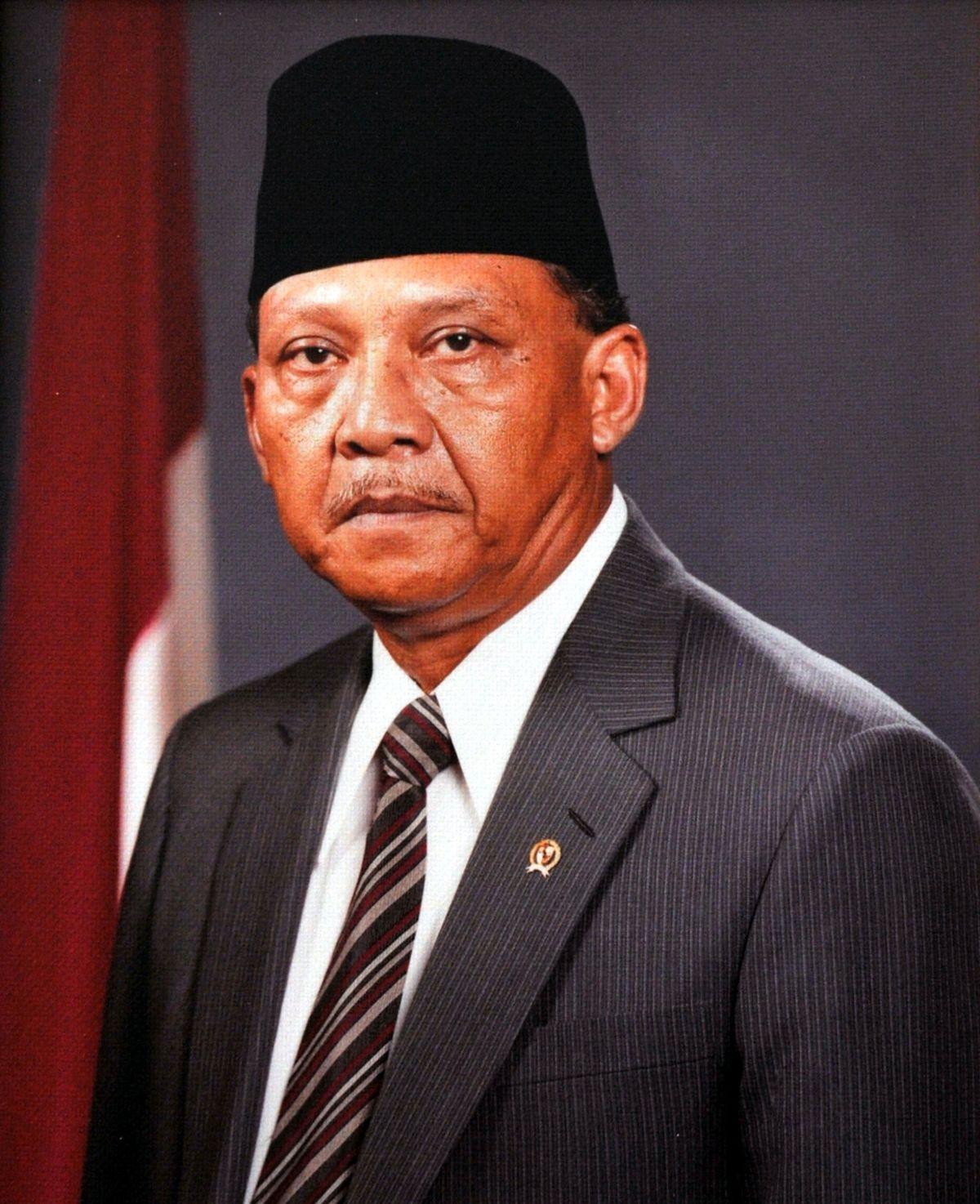 Umar Wirahadikusumah  Wikipedia bahasa Indonesia