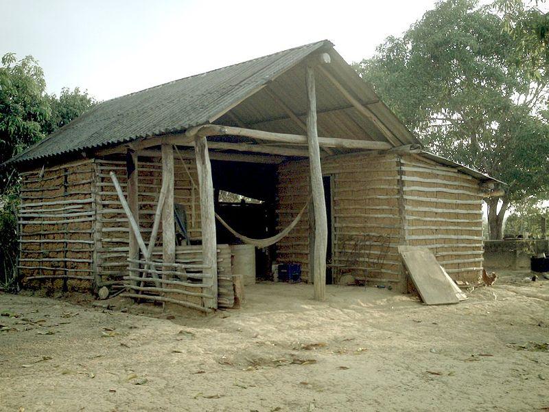 Archivo:Bahareque llanos house from Venezuela.JPG
