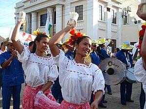 Bailadoras de Cumbia en San Pelayo, Cordoba. C...