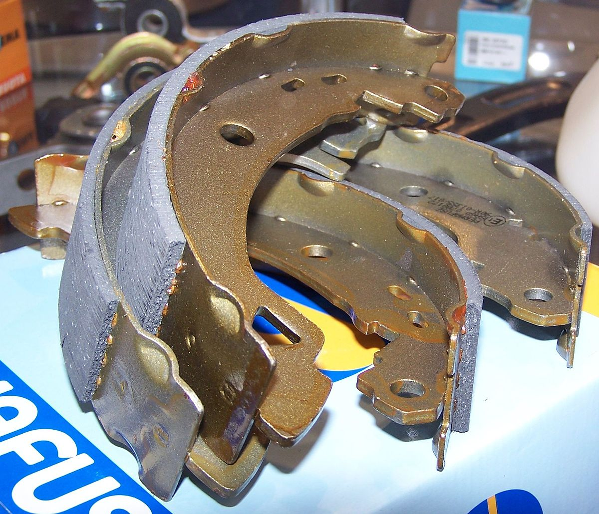 hight resolution of car brake pad diagram
