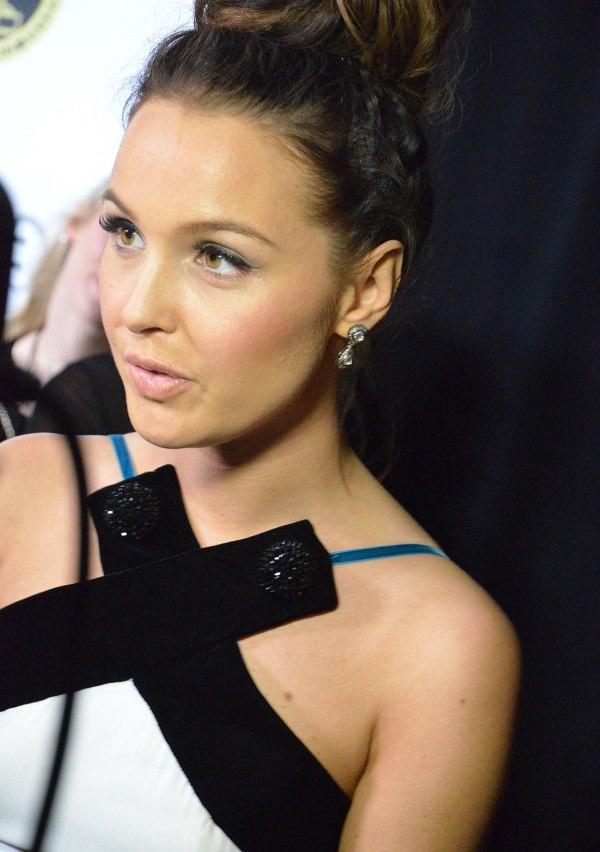 Camilla Luddington - Wikipedia