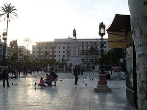 Español: Vida en la Plaza Nueva.