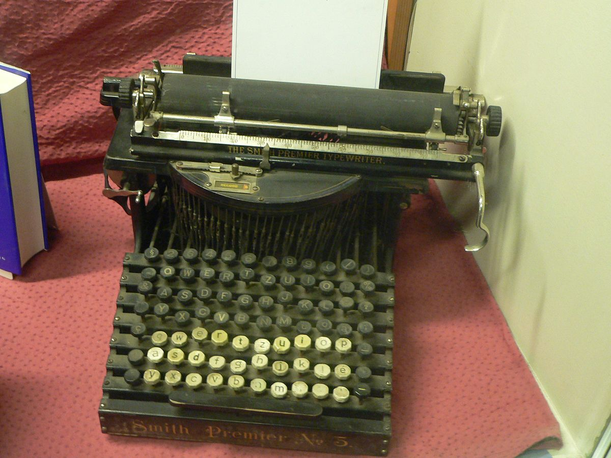 Typewriter  Simple English Wikipedia the free encyclopedia