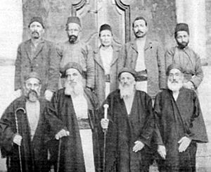 Rabbi Jacob Saul Dwek and officials of the gre...