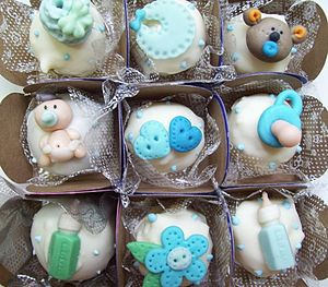 Baby shower- comestível chocolate truffles.