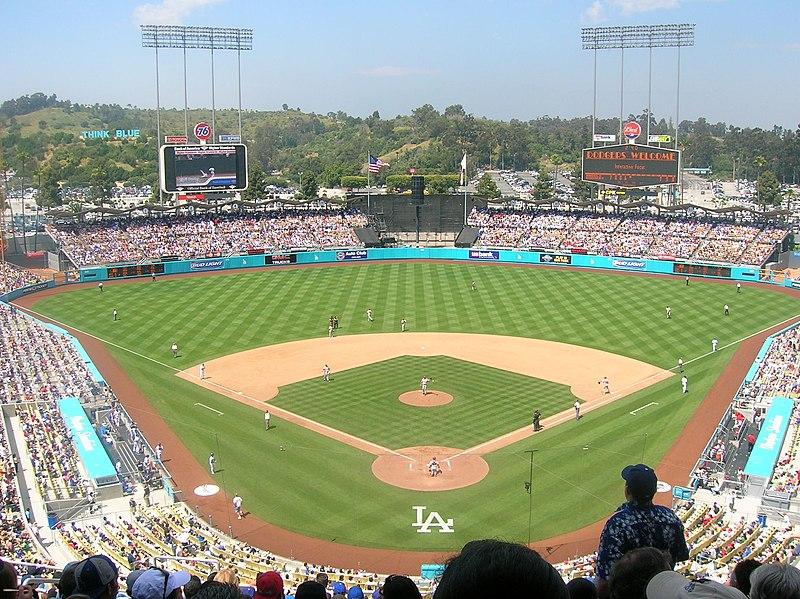 https://i0.wp.com/upload.wikimedia.org/wikipedia/commons/thumb/f/f1/Dodger_Stadium.jpg/800px-Dodger_Stadium.jpg