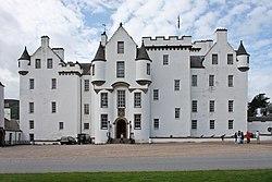 Blair castle - facade.jpg