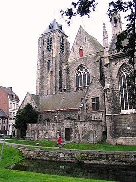 OnzeLieveVrouwekerk Kortrijk  Wikipedia