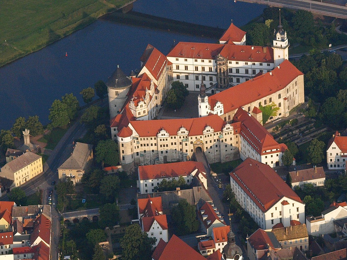 Torgau  Travel guide at Wikivoyage