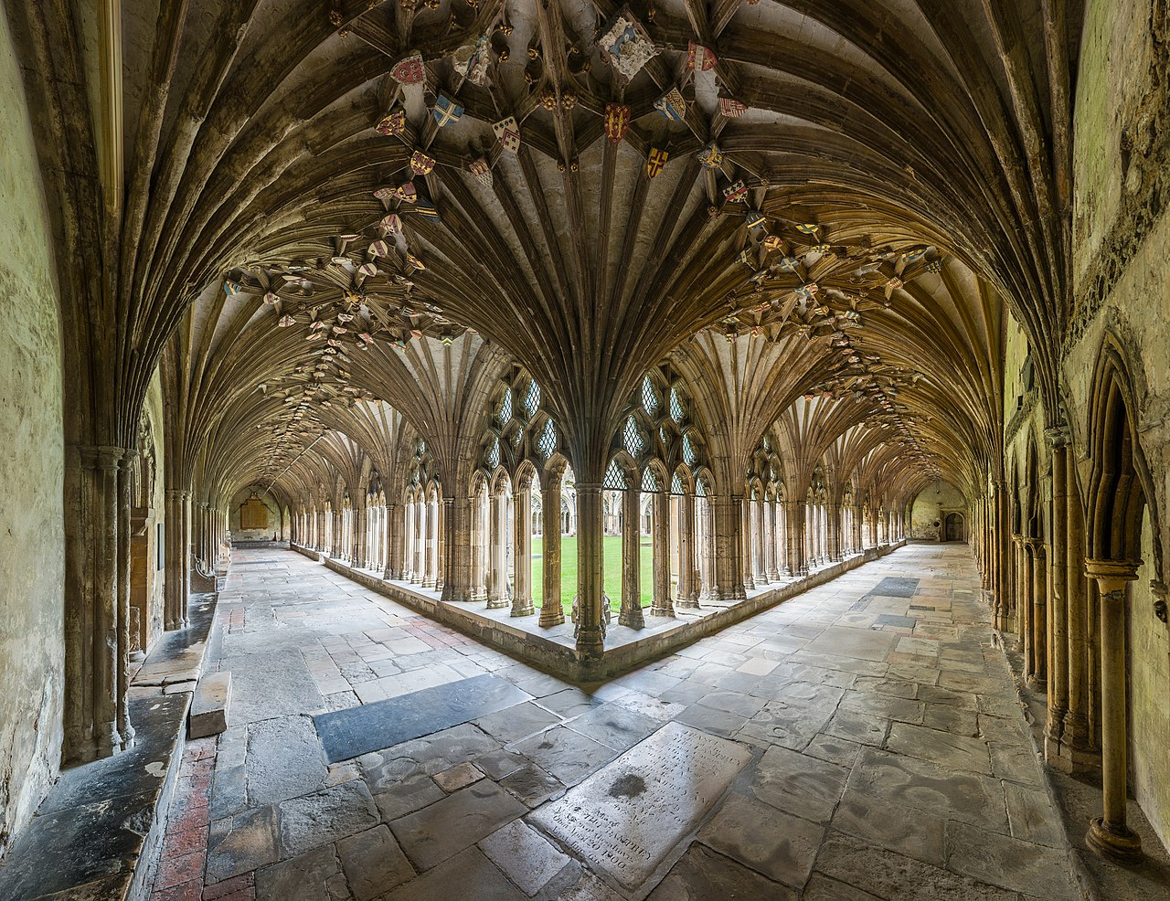 File Canterbury Cathedral Cloisters Kent Uk Diliff Jpg