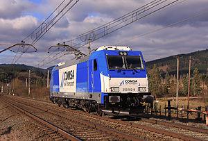 Español: Locomotora 253.102 de COMSA en prueba...